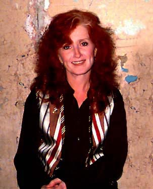 [Photo of Bonnie Raitt]