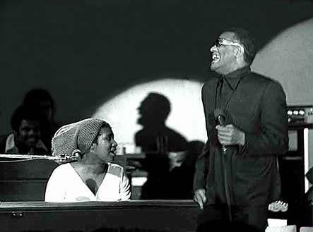 [Photo:Aretha Franklin & Ray Charles]